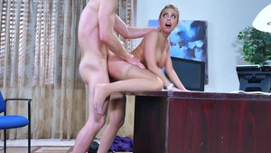 amateur blonde one night stand